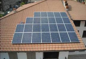 Taglia Impianto fotovoltaico: 6 Kwp Località: Sarezzo (Brescia) Moduli utilizzati: REC Inverter utilizzati: POWER ONE
