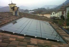 Taglia Impianto fotovoltaico: 2,99 Kwp Località: Odolo (Brescia) Moduli utilizzati: First Solar 77wp Film sottile Inverter utilizzati: Power One