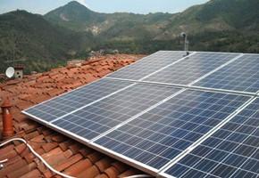 Taglia Impianto fotovoltaico: 2,82 Kwp Località: Vallio Terme (Brescia) Moduli utilizzati: Qcell 235wp Inverter utilizzati: Solarmax