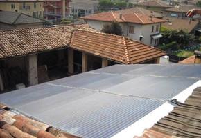 Taglia impianto fotovoltaico: 3 Kwp Località: Concesio (Brescia) Moduli utilizzati: CENTROSOLAR 200wp Inverter utilizzati: Solarmax Note particolari: impianto con innovazione tecnologica