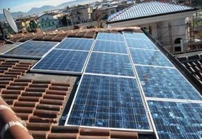 Taglia Impianto fotovoltaico: 2,82 Kwp Località: Rovato Moduli utilizzati: Ja 235wp Inverter utilizzati: Solarmax