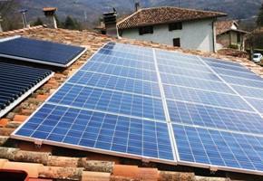 Taglia Impianto fotovoltaico:6 Kwp Località: Agnosine (BS) Moduli utilizzati: Solon 245wp Inverter utilizzati: Power One