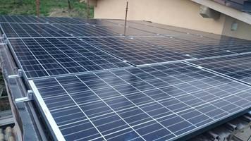 Taglia impianto fotovoltaico: 4,59Kwp: Località Tremosine (Bs) Moduli utilizzati: Q-Cells 270w Inverter utilizzato ABB Trio