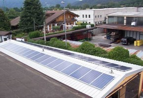 Taglia impianto fotovoltaico: 10 Kwp Località: Passirano (Brescia) Moduli utilizzati: Ja solar 245wp Inverter utilizzati: Solarmax