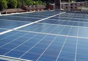 Taglia impianto fotovoltaico: 10 Kwp Località: Lumezzane (Brescia) Moduli utilizzati: BOSCH SOLAR 245wp Inverter utilizzati: Power One
