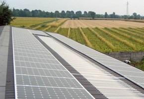 Taglia impianto fotovoltaico: 20 Kwp Località: Roè Maclodio (Brescia) Moduli utilizzati: JA SOLAR 240wp Inverter utilizzati: Solarmax