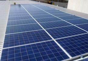 Taglia impianto fotovoltaico: 10 Kwp Località: Roncadelle (Brescia) Moduli utilizzati: LINUO 235wp Inverter utilizzati: Power One