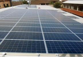 Taglia impianto fotovoltaico: 20 Kwp Località: Roncadelle (Brescia) Moduli utilizzati: LINUO 235wp Inverter utilizzati: Refusol